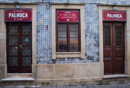 Photo pour Extérieur du populaire bar Palhuca, Sintra, Portugal - image libre de droit