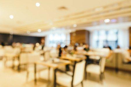 Photo pour Flou abstrait et petit déjeuner buffet déconcentré dans le restaurant de l'hôtel et café café intérieur pour l'arrière-plan - image libre de droit