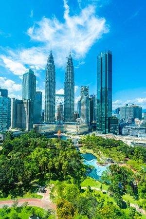Foto de Bella arquitectura exterior en la ciudad de Kuala Lumpur en Malasia para el recorrido del edificio - Imagen libre de derechos