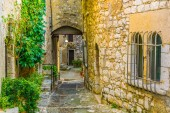 A narrow street in the old town of Saint Paul de Vence, Franc