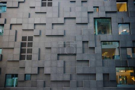 Photo pour Vue plein cadre de belle architecture contemporaine au district de codes à barres, Oslo - image libre de droit