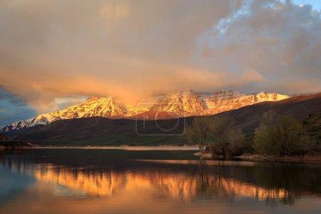 beautiful mountain lake,  USA. Nature