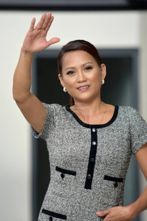 Amical jeune Philippine Femme