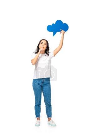Photo pour Asiat bien pensée avec bulle de pensée vide au-dessus de la tête, toucher le menton à la main isolé sur blanc - image libre de droit