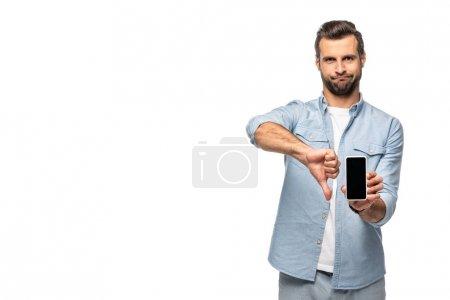 Photo pour Homme affichant le smartphone avec l'écran blanc et le signe de pouce vers le haut d'isolement sur le blanc - image libre de droit