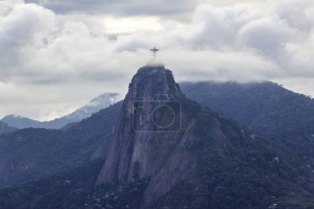 The amazing stone statue of Corcovado Christ the R...