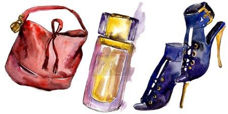 Foto de Zapatos, perfumes y bolsa boceto ilustración de glamour de la moda en un estilo acuarela aislado. Acuarela ropa accesorios set look moda vogue. Boceto de moda Aquarelle de fondo, textura - Imagen libre de derechos