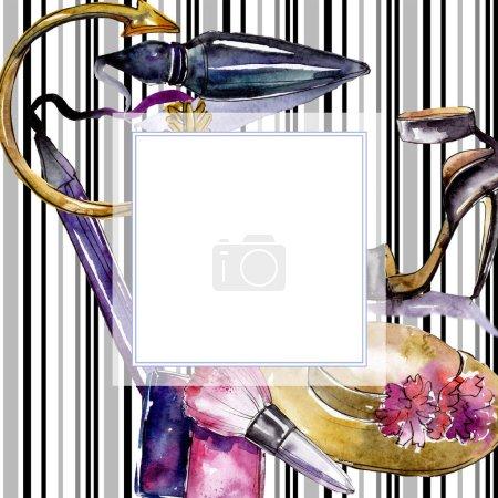 Photo pour Esquisse cosmétique illustration glamour mode. Vêtements accessoires ensemble tenue à la mode. Ensemble d'illustration de fond aquarelle. Aquarelle dessin mode aquarelle. Cadre bordure ornement carré . - image libre de droit