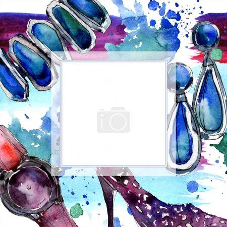 Photo pour Vêtements accessoires ensemble tenue à la mode. Ensemble d'illustration de fond aquarelle. Aquarelle dessin mode aquarelle. Cadre bordure ornement carré . - image libre de droit