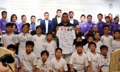 Brazilian football star Ronaldo Luis Nazario de Lima, center, commonly known as Ronaldo, attends the Real Madrid Foundation Clinic in Hong Kong & Southern China Project Presentation Press Conference in Hong Kong, China, 27 May 2017.