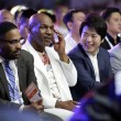 American boxer Mike Tyson, second left, and Chines...