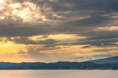 """Постер, картина, фотообои """"Удивительный вид на природу с пасмурное небо фон"""""""