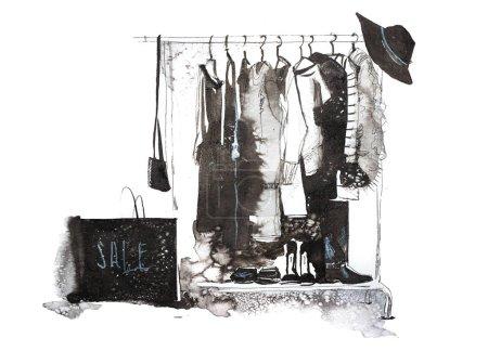 Foto de Tienda de ropa. Tienda con ropa de mujer nueva colección en suspensión - Imagen libre de derechos
