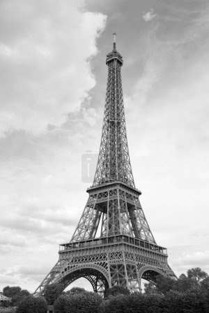 Photo pour Tour Eiffel, Paris, France . - image libre de droit