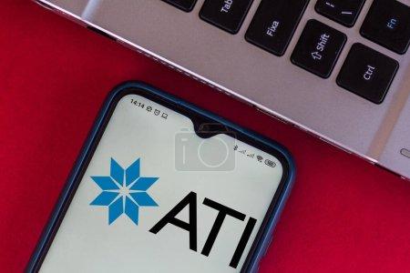 Photo pour 16 juillet 2020, Brésil. Dans cette illustration photo, le logo d'Allegheny Technologies Incorporated (ATI) affiché sur un smartphone - image libre de droit