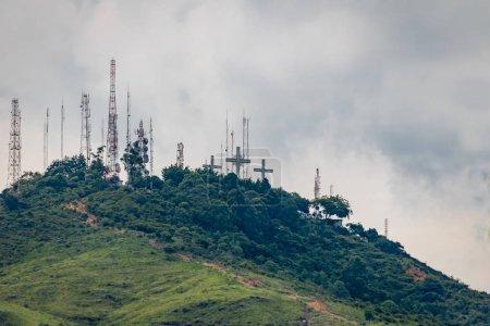 Photo pour Colline des Trois Croix (Cerro de Las Tres Cruces) - Cali, Colombie - image libre de droit