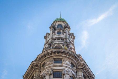 Photo pour Ministry of Modernization of the Nation (Ministerio de Modernizacion de la Nacion) Building in downtown - Buenos Aires, Argentina - image libre de droit