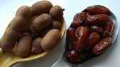 Dates and tamarind fruits
