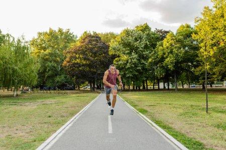 Foto de Unusual point of view. Sport, lifestyle concept, copy space. - Imagen libre de derechos