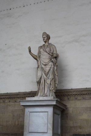 Photo pour Sculpture sur le bâtiment de Florence, Italie - image libre de droit