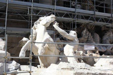 Photo pour Architecture historique à Rome, Italie - image libre de droit