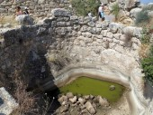 Europe, Greece, Mycenae, water tank.Under it is a layer of sand and another vessel for purified water.The ancient Greeks knew filtration technology.