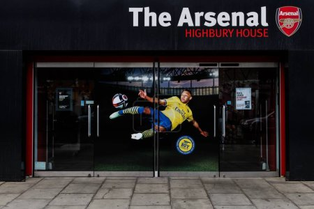 Arsenal highbury house in London