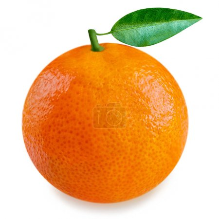 Photo pour Fruit d'orange avec des lames d'isolement sur le fond blanc. Fin d'orange frais et mûr entier vers le haut - image libre de droit