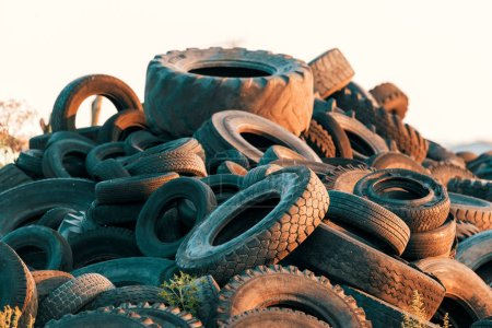 Polluted environment with old used car tyres