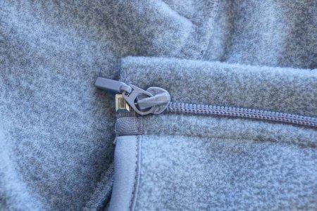 Foto de Textura de tela gris y cierre en la ropa - Imagen libre de derechos