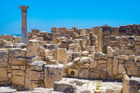 Photo for Cyprus. Paphos. Archaeological Museum. Archaeological Park in Cyprus. Ruins of an ancient city. Ancient ruins in cyprus. Walls of ancient buildings on the background of the sky. Travel to paphos - Royalty Free Image