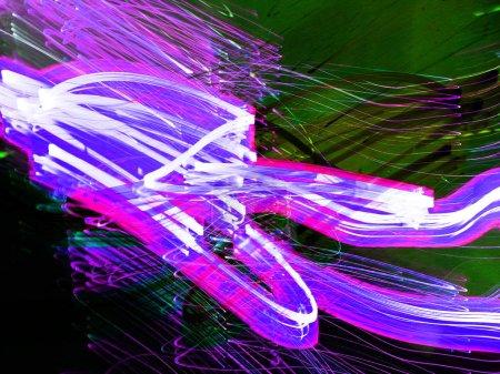 Photo pour Peinture légère. Fluo fluo. Fond flou abstrait. Modèle coloré . - image libre de droit
