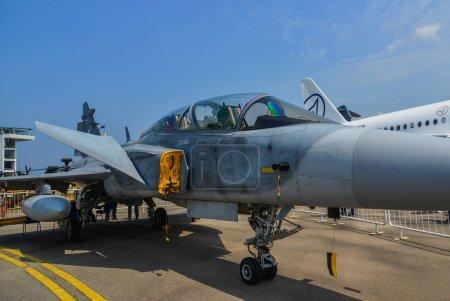 Photo pour Singapour - 10 février 2018. Un avion de chasse Boeing F / A-18E Super Hornet de la marine américaine exposé à Changi, Singapour . - image libre de droit