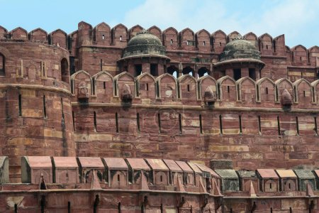 Photo pour Partie du Fort d'Agra à jour ensoleillé à Agra (Inde) - image libre de droit