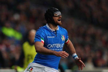 Photo pour Londres - 9 mars 2019: Ian Mckinley Italie portant des lunettes de sécurité lors du match de Guinness Six Nations entre l'Angleterre et l'Italie au stade de Twickenham - image libre de droit