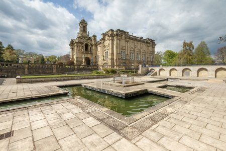 cartwright hall situated in lister park along manningham lane in the heaton area of bradford