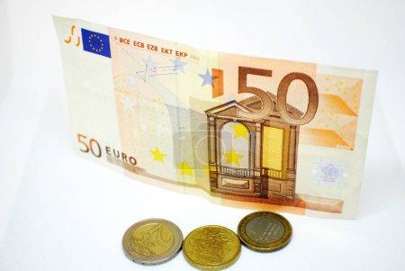 Photo pour Euro banknotes, cash, finance - image libre de droit