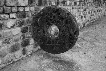 Photo pour Jeu de balle o juego de pelota dans le centre cérémonial et les ruines archéologiques de Xochicalco à Morelos, Mexique - image libre de droit