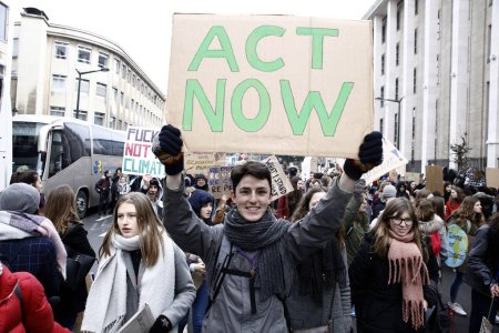 Photo for Brussels, Belgium. 31st January 2019. High school and university students stage a protest against the climate policies of the Belgian government. Alexandros Michailidis/Alamy Live News - Royalty Free Image
