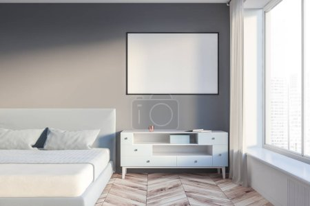 Photo pour Intérieur de la chambre des maîtres avec les murs gris et blancs, plancher en bois, lit gris et blanc armoire avec suspension cadre affiche horizontale au-dessus d'elle. rendu 3D maquette - image libre de droit