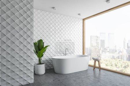 Photo pour Coin de l'élégante salle de bains avec des murs en carreaux blanc, plancher de béton, baie vitrée et baignoire blanche, debout près de plante en pot. rendu 3D - image libre de droit