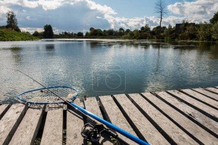 Photo pour Bon passe-temps de capture de pêche - image libre de droit