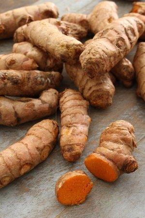 preparing fresh turmeric root