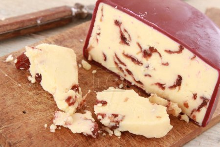 traditional wensleydale with cranberry cheese