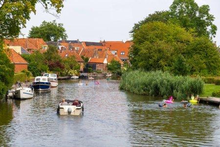 Fluss durch die Stadt Winsum