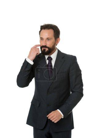 Photo pour Homme d'affaires costume formel homme mûr isolé blanc. Homme d'affaires barbu entrepreneur réfléchi. Concept d'homme d'affaires réfléchi. Homme d'affaires réfléchi visage prendre la décision. Dur décision d'affaires . - image libre de droit