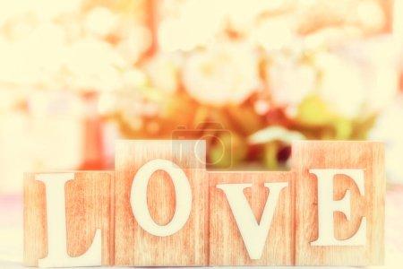 Photo pour Lettres en bois amour. J'adore le mot. AMOUR Vintage - image libre de droit