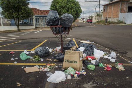 Photo for Apucarana / Parana / Brazil - 04-29-2019 - Trash overflowing with organic and recycled garbage - Royalty Free Image