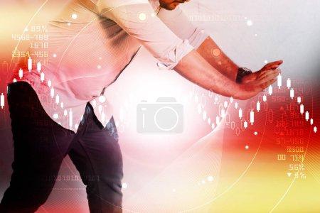 Foto de Hombre con acciones contra fondo abstracto - Imagen libre de derechos
