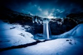 "Постер, картина, фотообои ""Вид Seljalandfoss водопад в зимний период"""